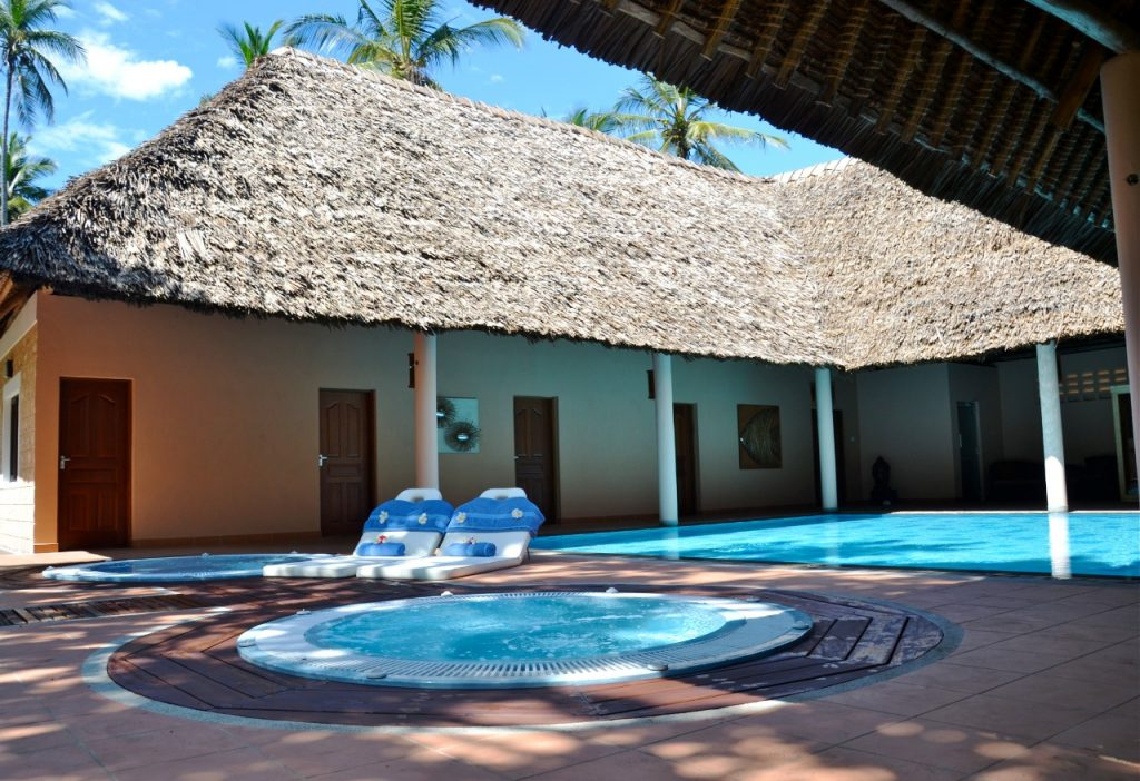 All inclusive hotel in Diani. Neptune Paradise Beach Resort & Spa Earth & Rain Spa